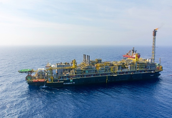 Production in the Santos Basin exceeds 70% of the national total with almost 1,800 MMboe / d,